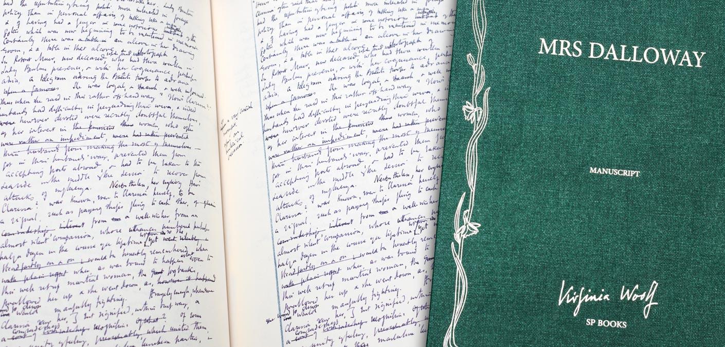Le livre et l'étui de l'édition manuscrite de Mrs Dalloway de Virginia woolf